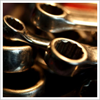 燃料タンク・オイルタンクの洩れ・オーバーヒート・変形修正・圧力検査に対応しています。