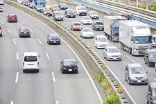福岡ラジエーターは国産車・輸入車・商用車・大型車(トラック・バス)等の車種を中心に各種の自動車用熱交換器をご提供しております。